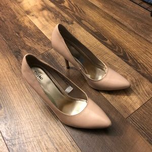 Shoes - Heel